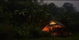 Nuit au bivouac dans la vallée centrale