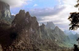 Les montagnes du nord de Kasi