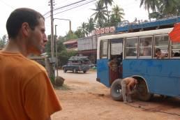Jérôme prend le bus